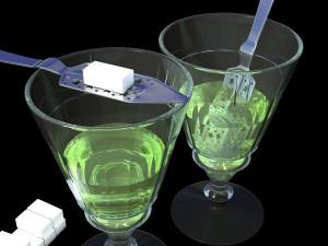 Зеленый абсент – лекарственная настойка или запрещенный напиток?