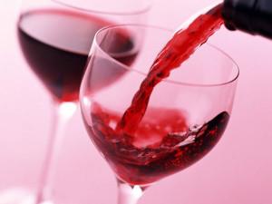 Укрепляем здоровье вином – есть ли противопоказания?