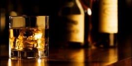 Как распробовать бурбон – секреты напитка