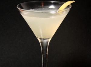 Фото коктейля «Белая леди», nakatim.com