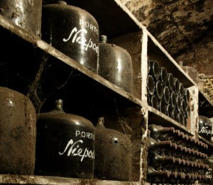 Как пить портвейн – традиции и неписаные правила