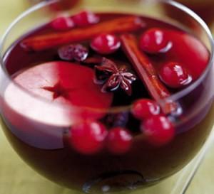 Рецепт глинтвейна на красном вине – в лучших традициях праздничной ярмарки