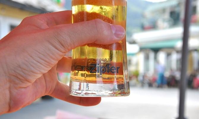 Австрийское пиво компании «Zipfer»