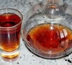 Самогон на шиповнике – как настоять приятный и полезный напиток?