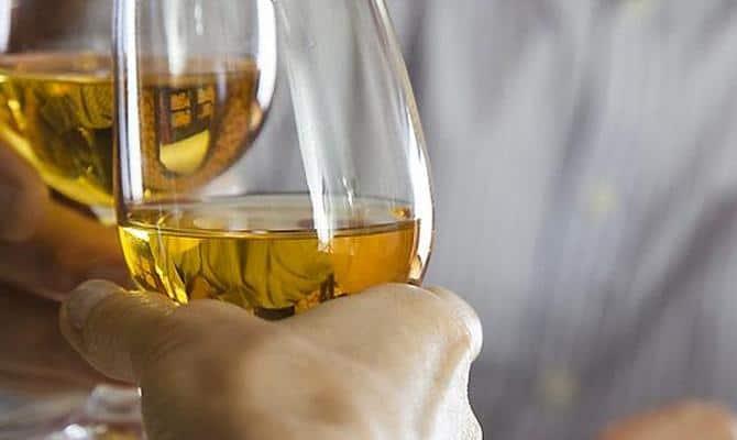 Немного белого вина положительно скажется на здоровье