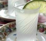 Как приготовить коктейль «Камикадзе»?