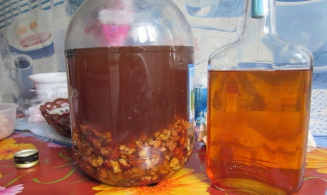 Рецепт настойки самогона на изюме