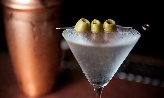 Сухой вермут как один из видов полынного вина