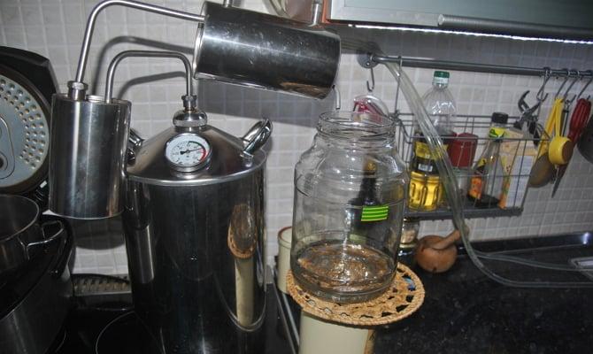 Сравнение водки и самогона