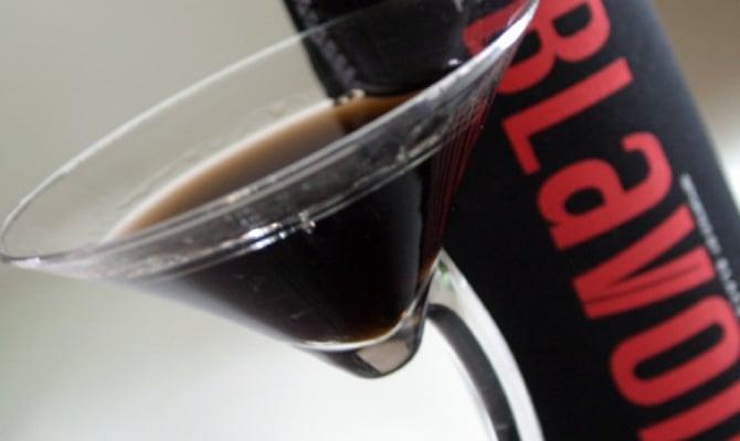 Британская черная водка Blavod