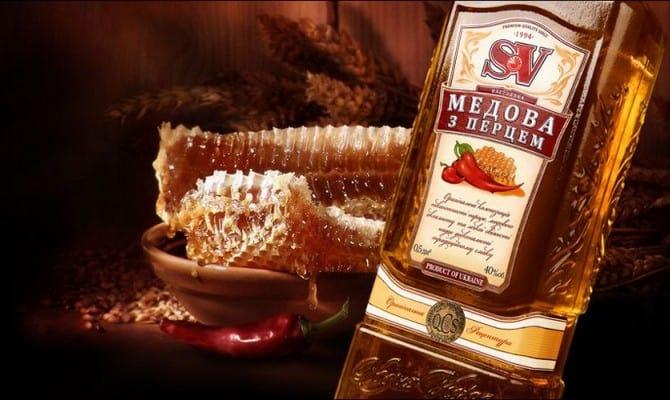 Чем полезна водка с медом?