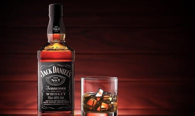 dzhek deniels kak pit 2 - Как правильно пить виски Джек Дэниэлс