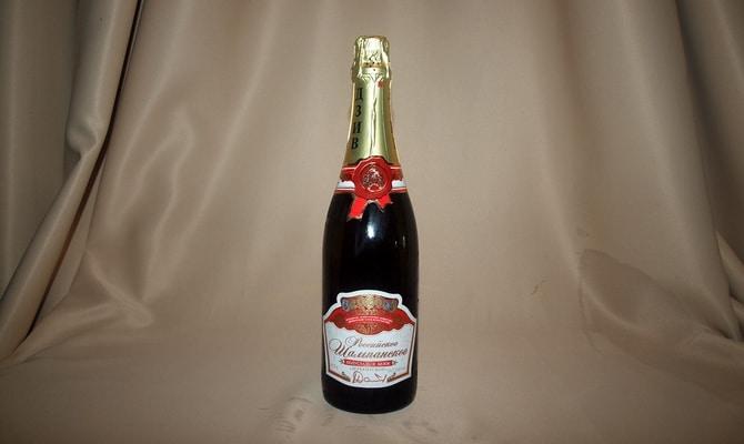 Ассортимент шампанского Дербентского завода