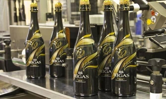 Игристое вино: тонкости изготовления