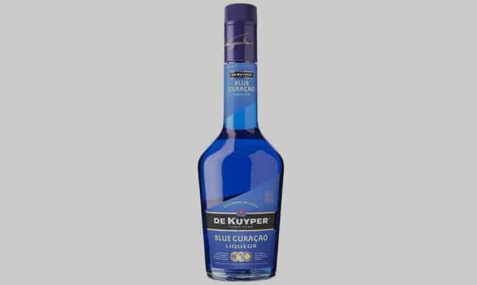 Что такое Кюрасао: ликер или основа для коктейлей?