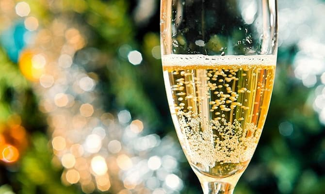 Как ответить на вопрос — шампанское какое лучше?