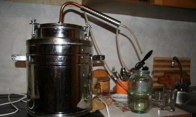 Как получить самогон из браги?