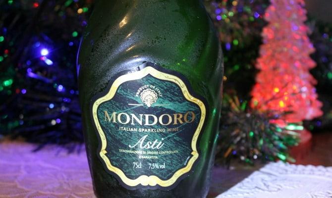 Праздничное шампанское Асти для особых случаев