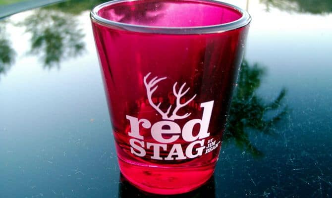 red stag 1 - Необычный вкус Red Stag