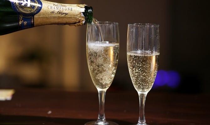 Сколько времени выветривается шампанское из организма