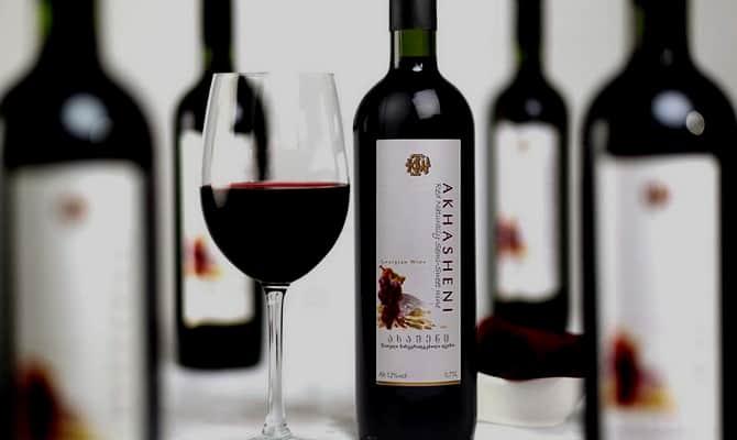 Выбираем хорошее вино красное полусладкое