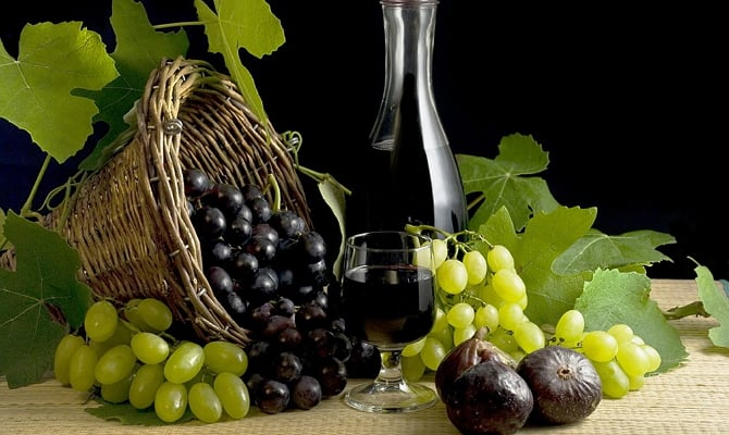 Домашнее вино из черноплодной рябины