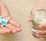 Что пить при отравлении алкоголем, и как справиться с похмельем?