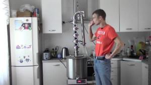 Фото оборудования для приготовления бурбона в домашних условиях, youtube.com