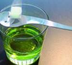 Как пить абсент и не навредить здоровью?
