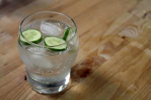 Фото - как пить джин, fb.ru