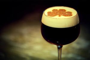 На фото - ирландский кофе, irelandru.com