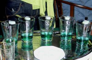 Как пьют абсент иностранцы?