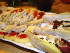 На фото - закуска к вину Ламбруско, gastronomiya.com