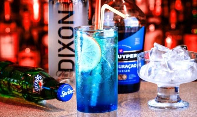 Голубая лагуна – один из самых известных коктейлей в мире