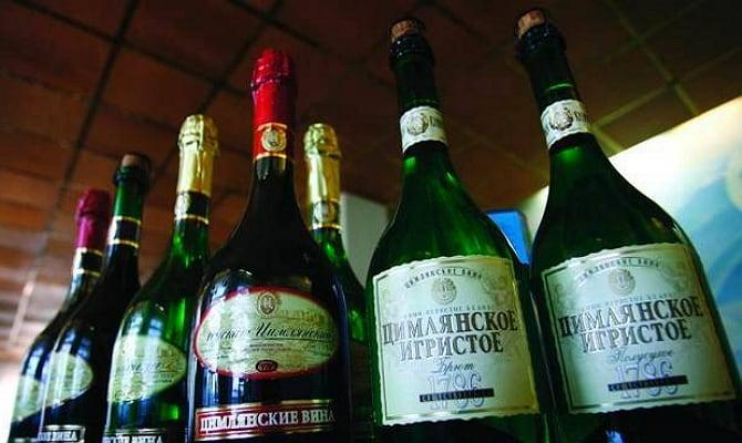 На фото - вина серии «Цимлянское»