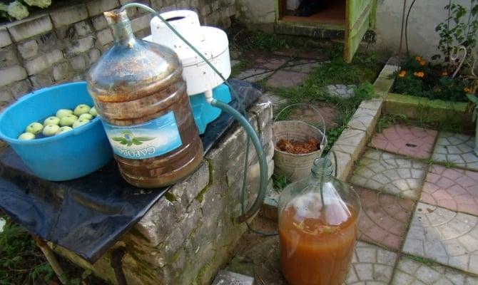 Приготовление самогона из яблок