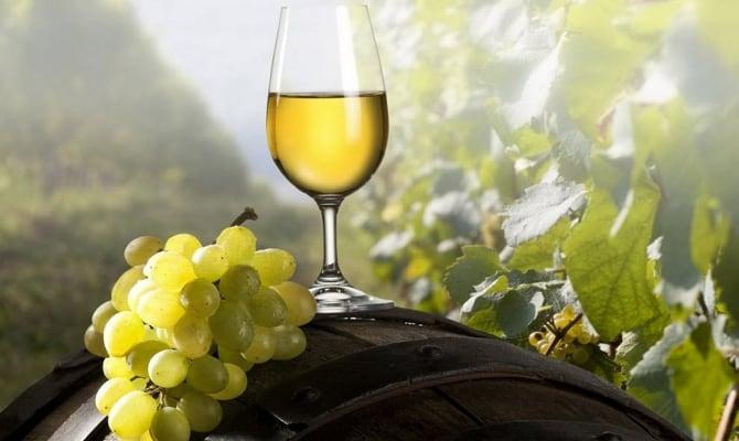 Белое вино из Греции