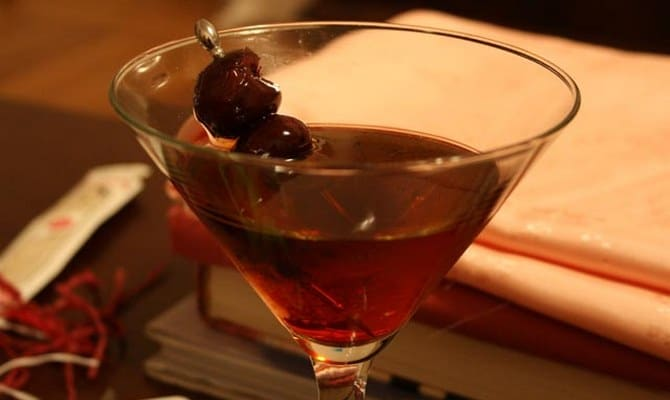 Коктейль Манхэттен из мартини