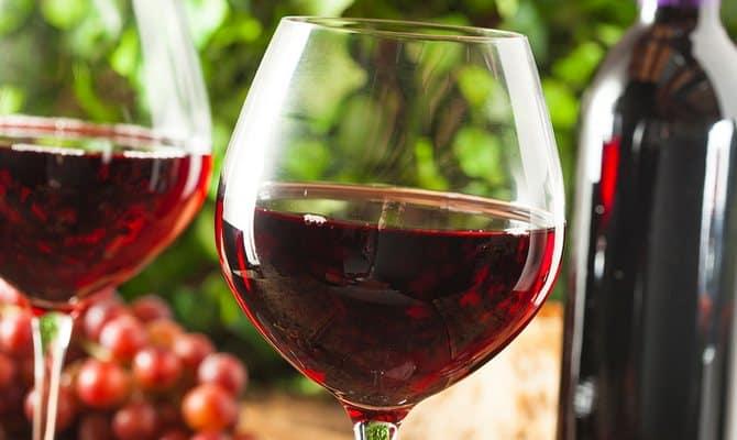 Польза красного вина - в малых дозах