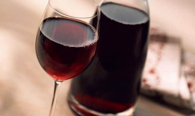 Немного вина в лечебных целях
