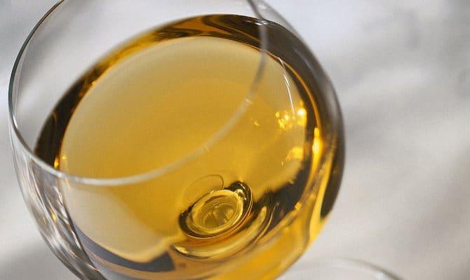В чем польза белого вина