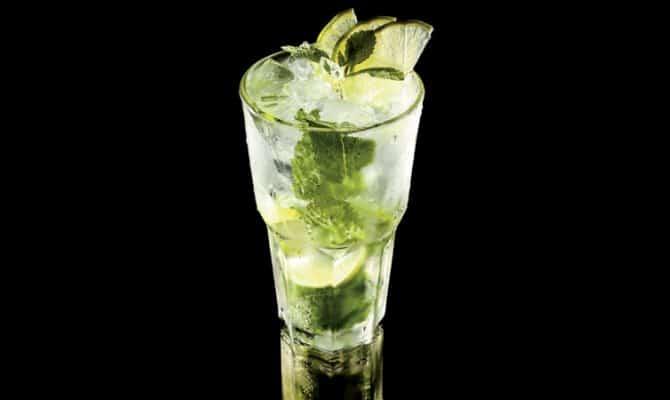 Напиток Мохито-джин-тоник