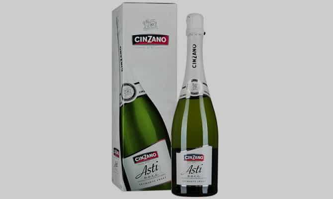 Шампанское «Асти» от винокурни «Cinzano»