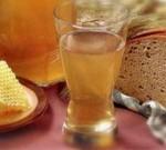 Самогон из меда – еще одно неоспоримое преимущество пчеловодства