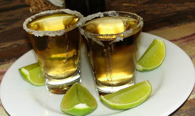 Напитки иззолотого рома