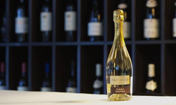 Появление игристого вина в Италии