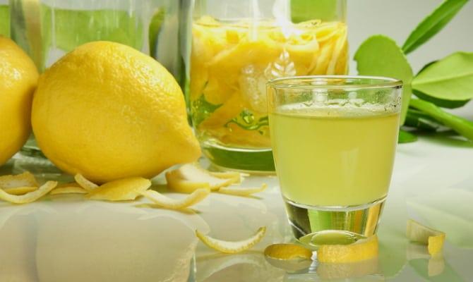 Приготовление «Лимончелло» в домашних условиях