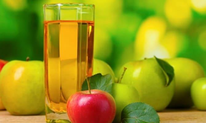 Яблочный сок в коктейле