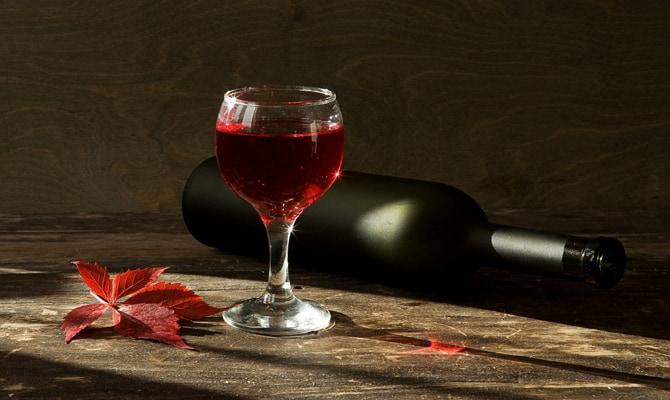 Форма бутылки и пробки французских вин