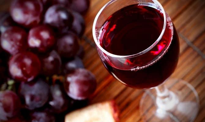 В чем заключается польза красного вина